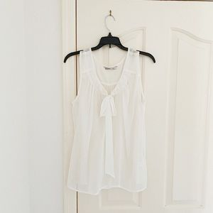Old Navy Cream/White Neck Tie Sleeveless Blouse